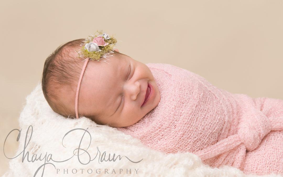 Newborn Baby Photos in Baltimore, Maryland