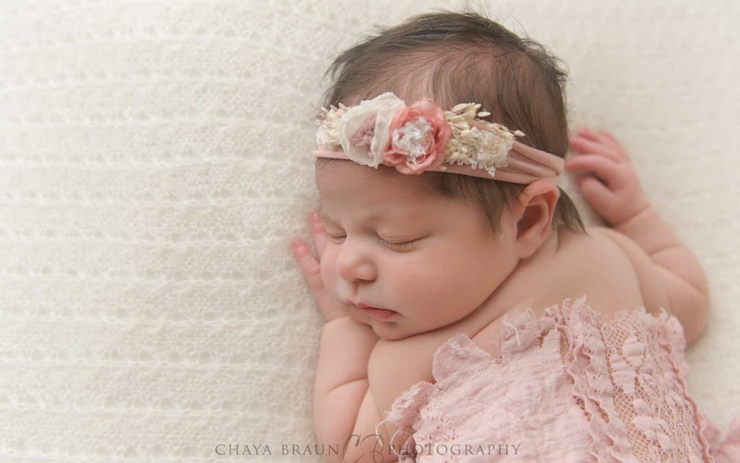 Newborn Girl Pictures