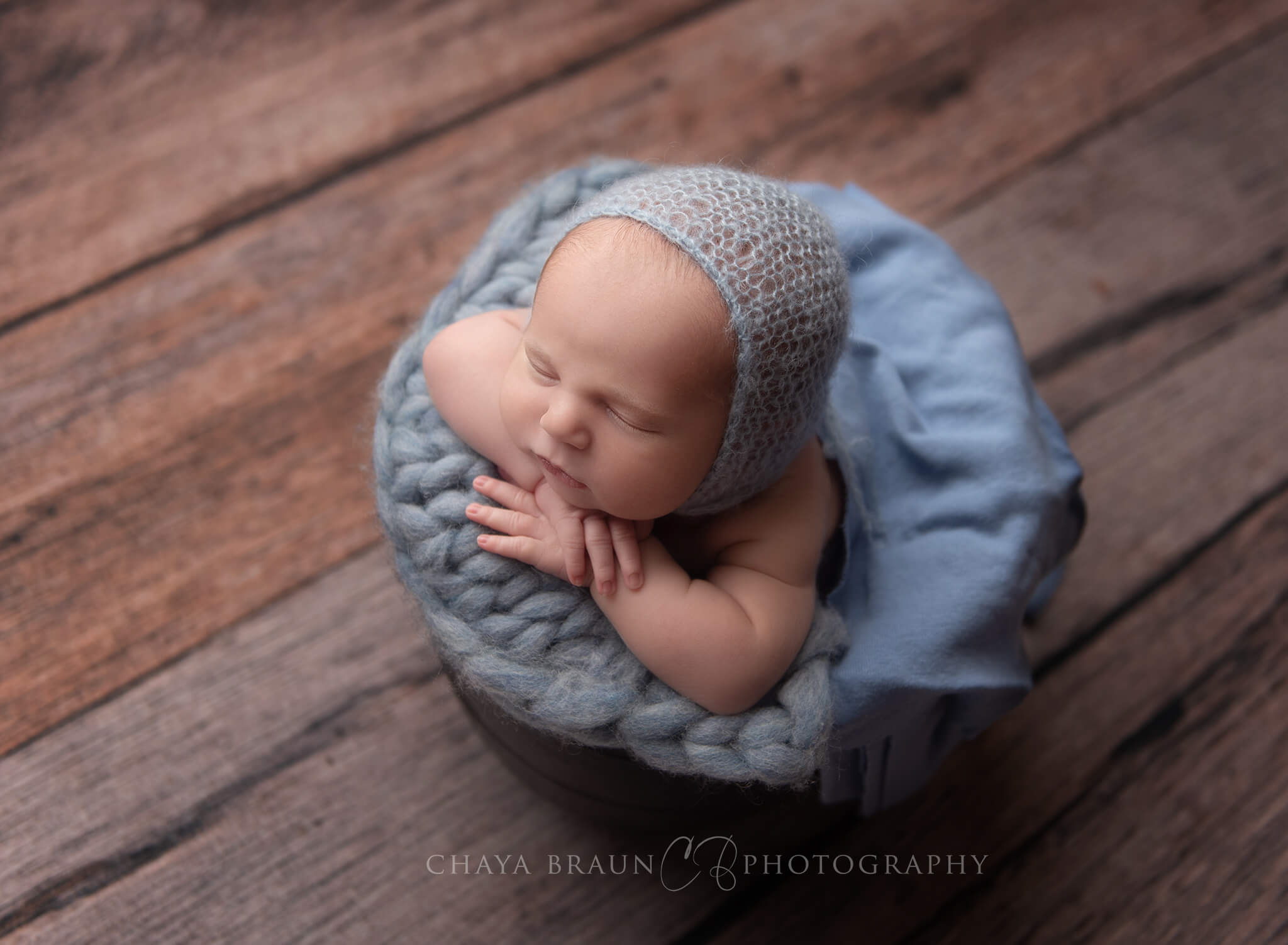 Maryland and DC area newborn photographer